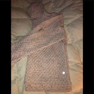 Apana sweater size M